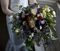 loose bridal bouquet