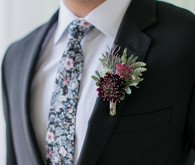 Fall boutonnière ideas with The Black Tux