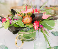 Tropical centerpiece
