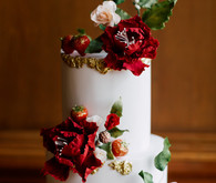Sugared rose wedding cake