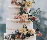 strawflower fall wedding cake
