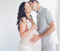 Amanda's maternity photos by Elizabeth Messina