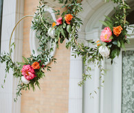 floral hoops for wedding decor