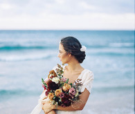Coastal fall wedding ideas at the Steeple House in Maui