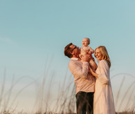 golden hour family photos in Playa Del Rey by Nicki Sebastian