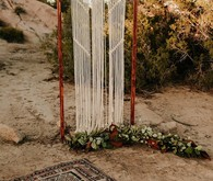 Macrame ceremony decor