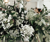 Modern winter Chicago wedding at the Chicago Athletic Association