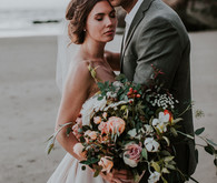 Romantic Oregon coast anniversary shoot