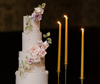 Romantic wedding cake
