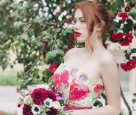 Fuchsia floral wedding inspiration in Tuscany