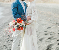 Vibrant beachy wedding editorial in Santorini
