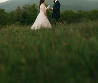 How to plan the perfect low-key elopement + a beautiful one at Max Patch in North Carolina