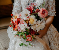 Gorgeous romantic fall bouquet