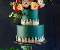 Incredible luxury wedding cake with intricate sugar flower