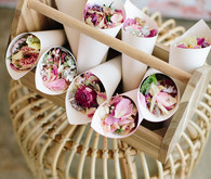 floral favors for spring weddings