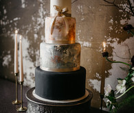 gorgeous wintery 4-tier wedding cake