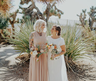 Folksy Joshua Tree wedding with the ultimate desert color palette