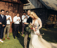 Rustic summer barn wedding