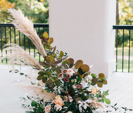 Fall flowers for ceremony