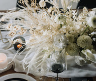 Modern white centerpiece