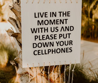 Wedding cell phone sign