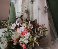 dusty pink wedding flowers
