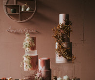 dried flower wedding cakes