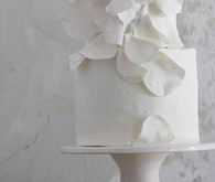 sculptural wedding cake