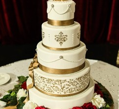 Real Weddings and Wedding Inspiration Ideas | 5 Tier Faux Wedding ...