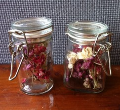 Small Jars (Favors or Escort Cards)