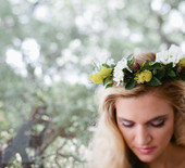 Woodland-inspired bridal brunch