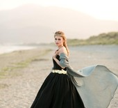 Dark & romantic wedding inspiration