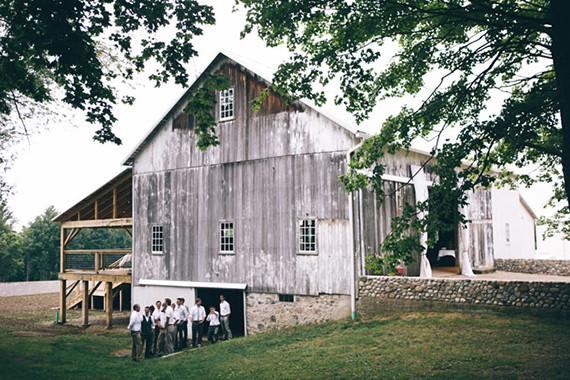 Barn wedding venues | Rustic barn wedding | 100 Layer Cake