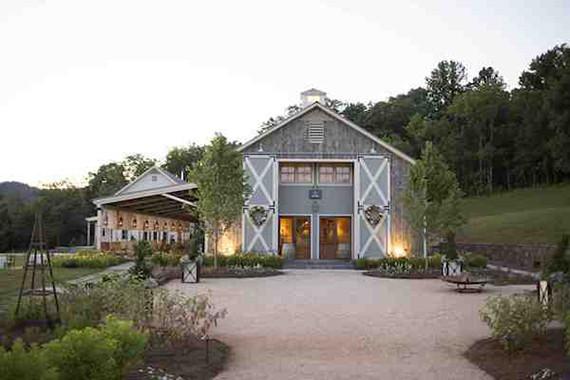 Barn Wedding Venues.Barn Wedding Venues Rustic Barn Wedding 100 Layer Cake