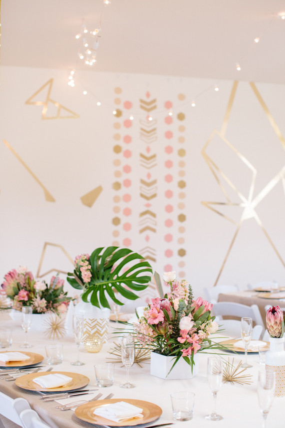 Modern gold tablescape