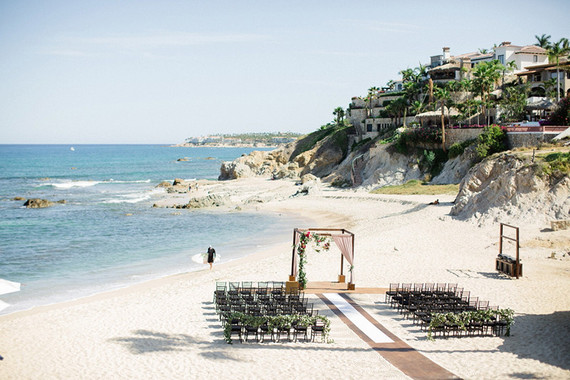 Destination Cabo wedding ceremony