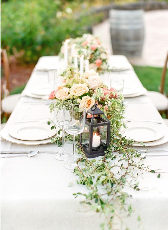 blog summer wedding ideas keep guests happy
