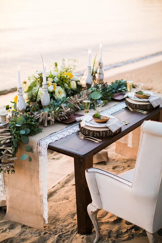 Beachside tablescape