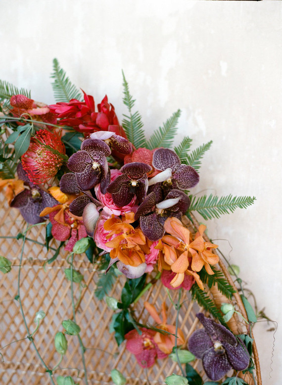 Tropical fall wedding florals