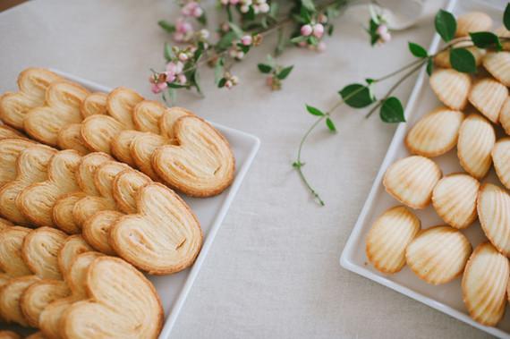 dessert table cookies