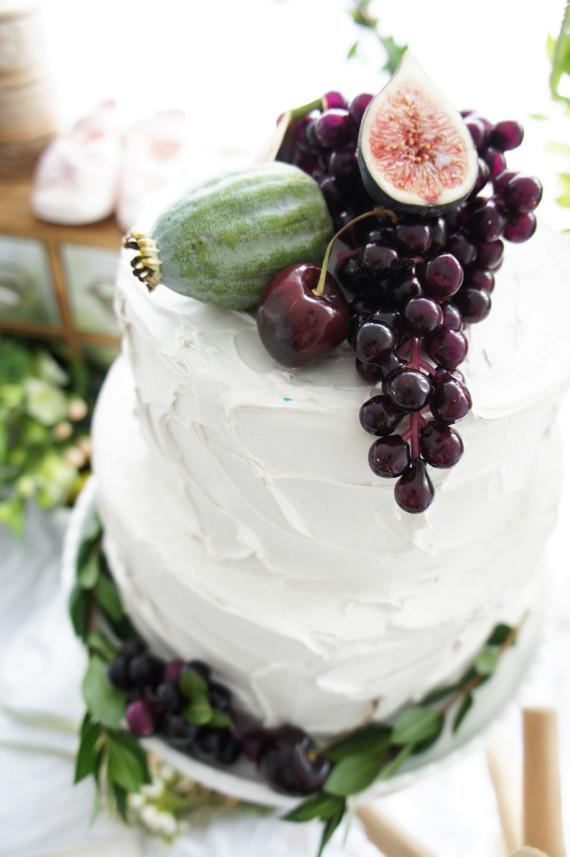 fig and grape fruit cake