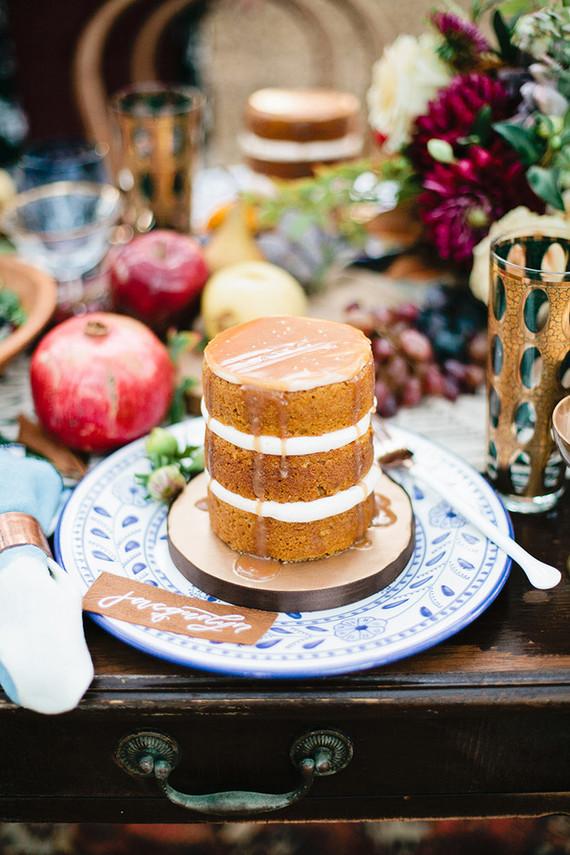 Mini pumpkin cake