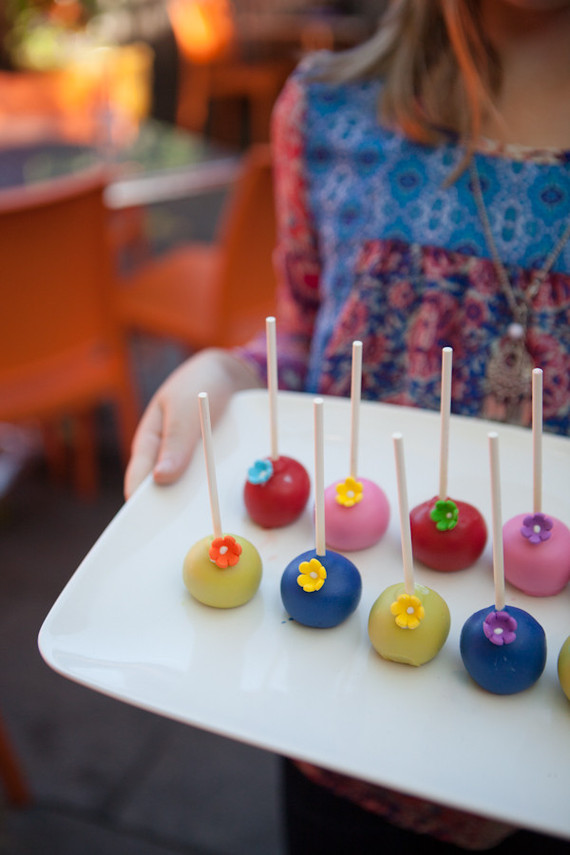 primary cake pops