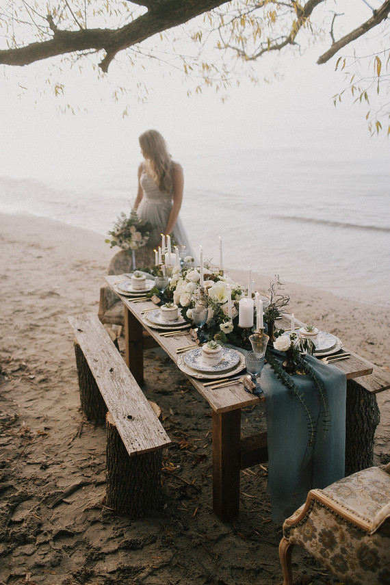 Seaside wedding tablescape