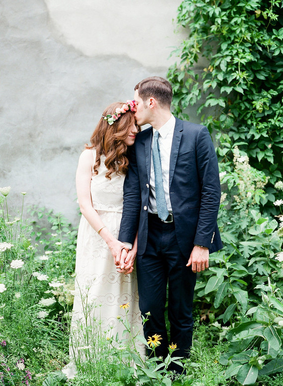 Diy Budget Friendly Summer Wedding For 10k Diy Wedding 100 Layer Cake