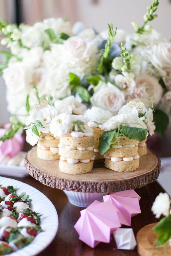 tiny naked cakes