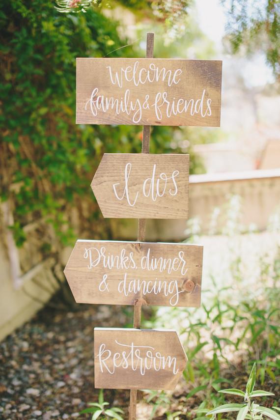 Rustic wedding signage