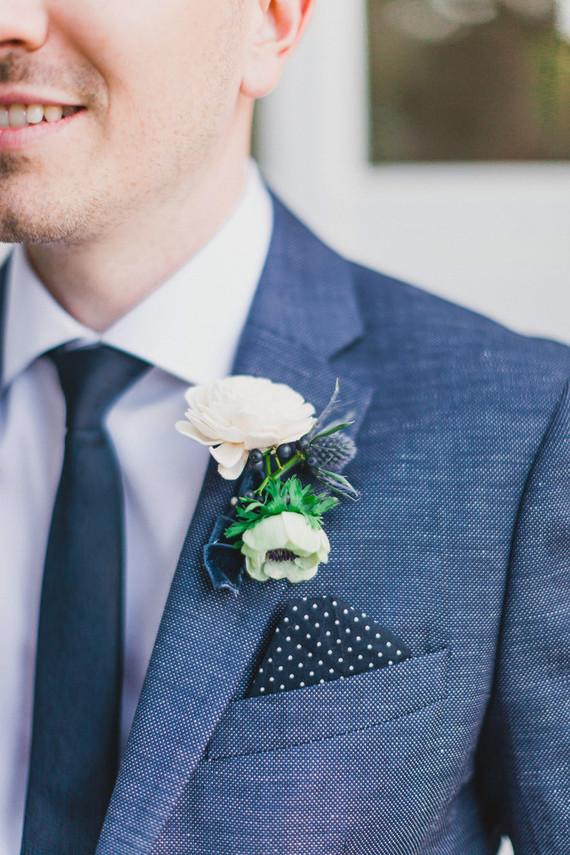 Navy groomsmen suit