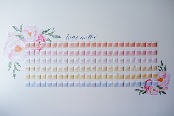 Modern escort card display