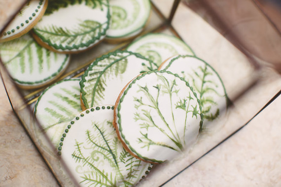 Leaf wedding cookies